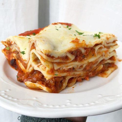 Italian Meat Lasagna coontains Dairy and Gluten